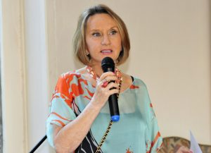 """Ponencia de Drina Rendic en el Seminario """"La mujer en Chile: Debates Actuales"""""""