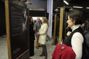 """Premiación e inauguración de muestra """"Cartas de Mujer"""" en Metro Quinta Normal"""