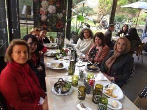 """Visita guiada por la curadora Inés Ortega-Márquez de Durán, a los socios a la muestra """"4 Premios Nacionales"""""""