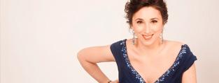 Medios celebran debut en Chile de María Luisa Merino